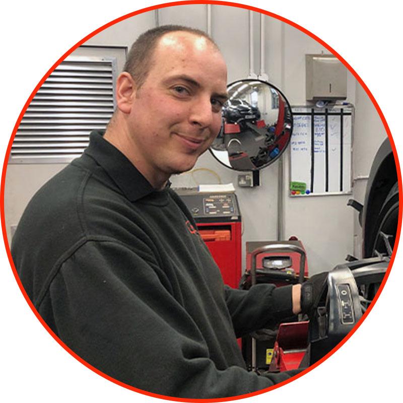 Wheel Alignment Specialist Shaun